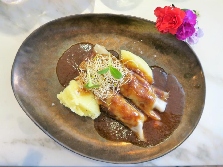 Menu de San Isidro en Arado Grocery & Restaurant en el Hotel Melia Serrano Canelon de Rabo de Toro