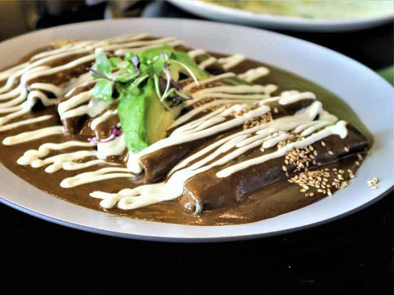 Restaurante Iztac Enchiladas de pato