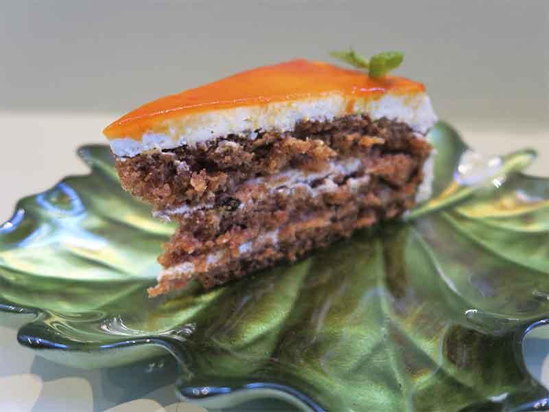 Restaurante Miss Chen en Valdebebas Madrid Tarta de Zanahoria