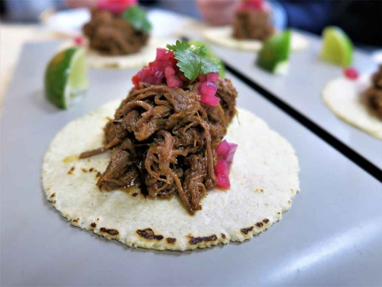 Restaurante Tres por Cuatro Taco de corzo