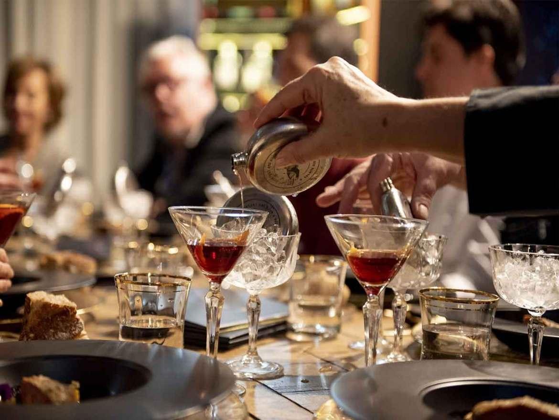 Pernod Ricard Artisian Selection Coctel Risueño Diego Cabrera Salmon Guru