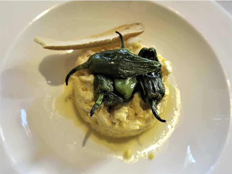 Restaurante Alma Of Spain Bacalao con pimientos del Padron