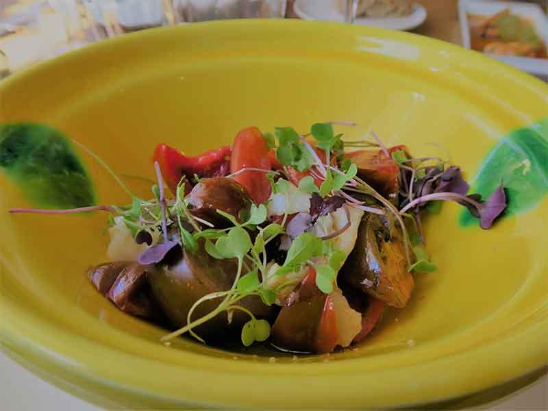 Restaurante Quinque Madrid ensalada de tomates de temporada