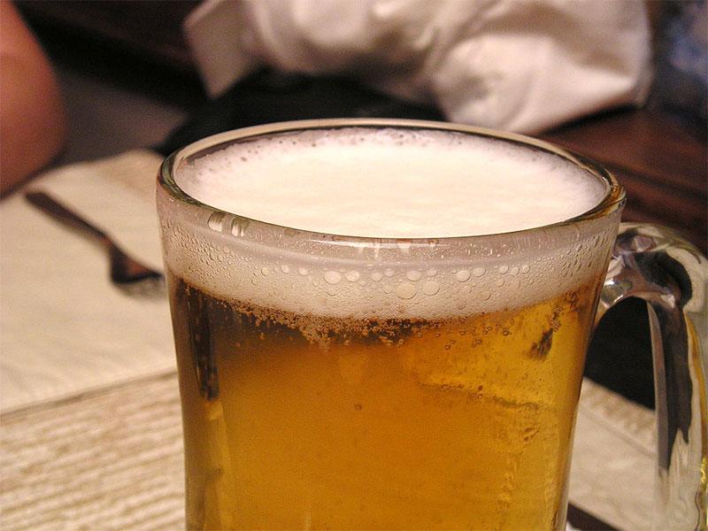 cata de cervezas artesanas tipo rubia ale