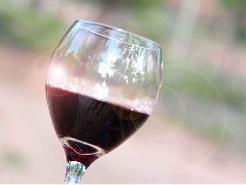 copa de vino sin alcohol