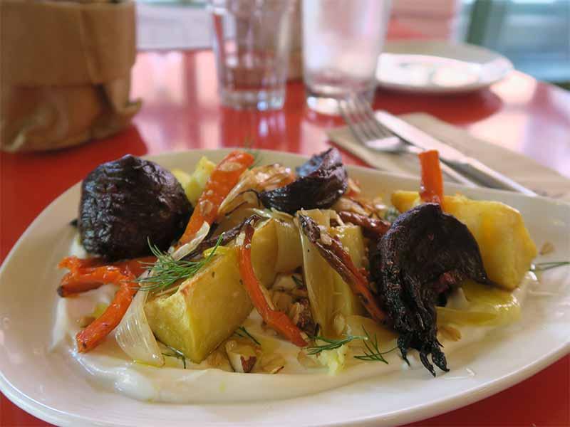 RUN RUN RUN Queso Labneh y verduras