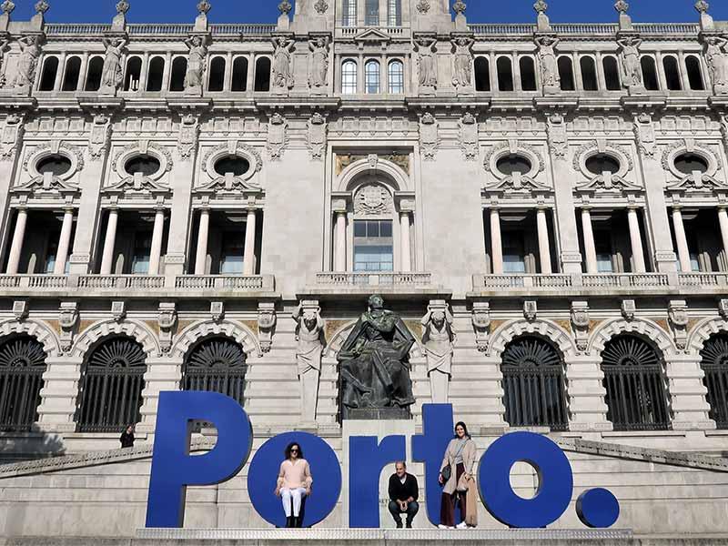 Letras de Porto Plaza de la Libertad