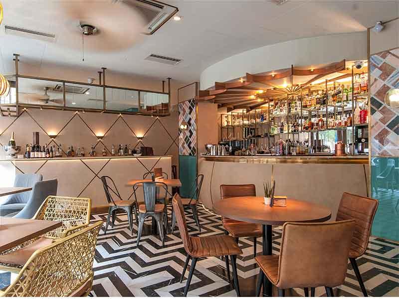 Restaurante Benares barra