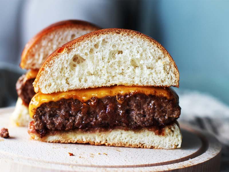 Burger Pro Edition Carne de la Finca hamburguesa y queso cheddar