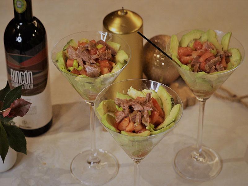 Coctel de aguacate Cena de Nochevieja