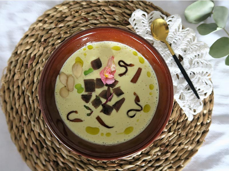 Kitchen on live Cordoba Mazamorra cordobesa de altramuz Karan Bistro
