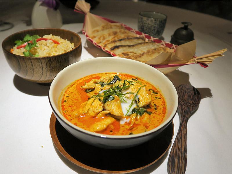 Paneng Kai Sai Roti restaurante Thai Emotion