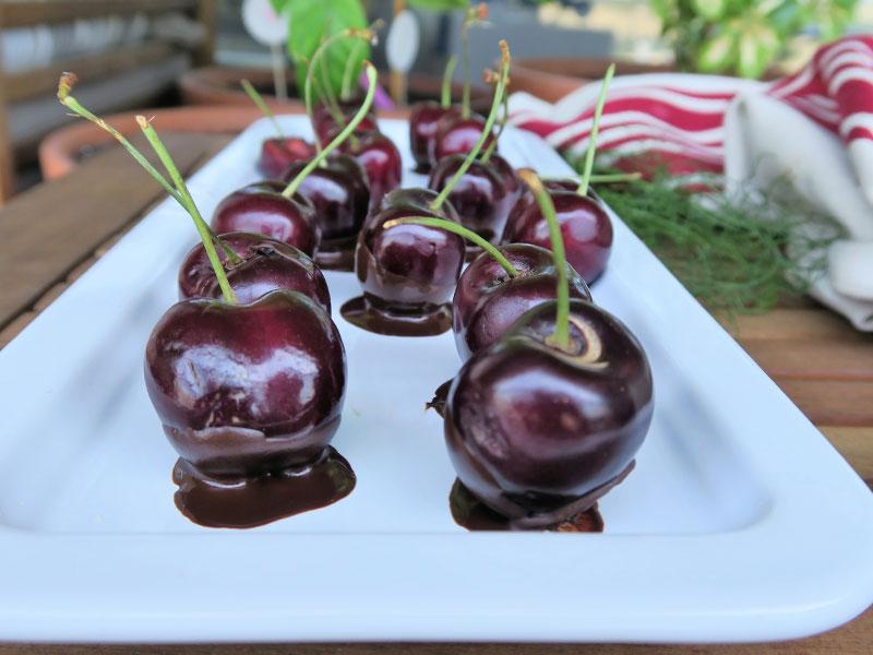 Cerezas con chocolate Bandeja Staub de Zwilling