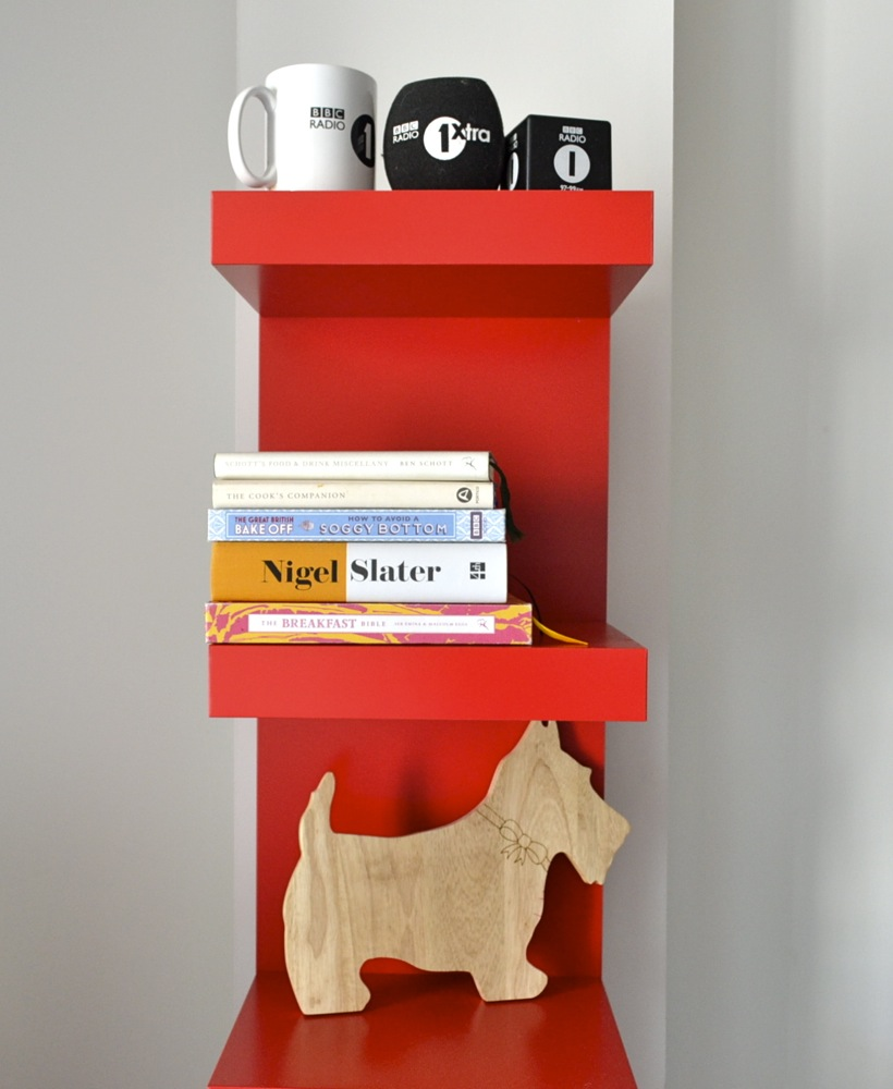 apartment, shelving, west highland terrier, Nigel Slater, BBC Radio 1, mug, interiors