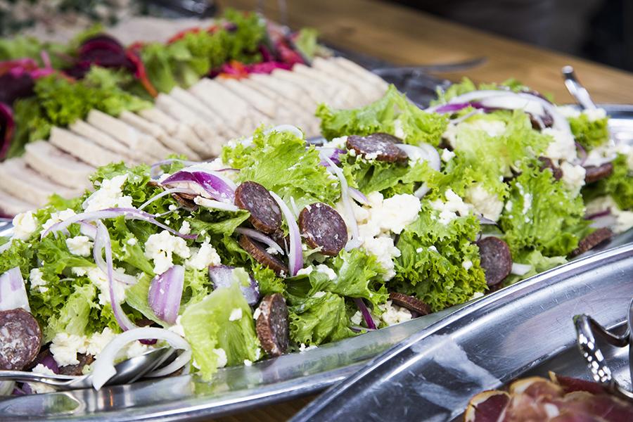 Salat fårepølse