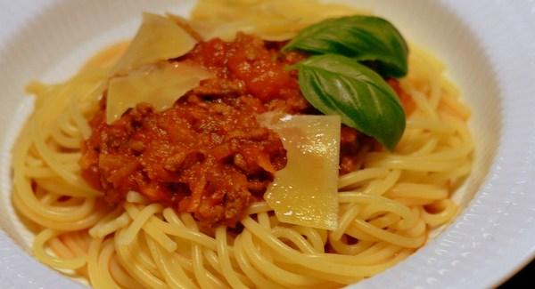 Spaghetti Bolognese – Sådan laver du den perfekt!