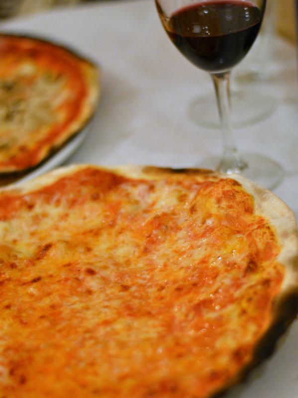 Simpelt og smukt! Sådan skal en pizza se ud!