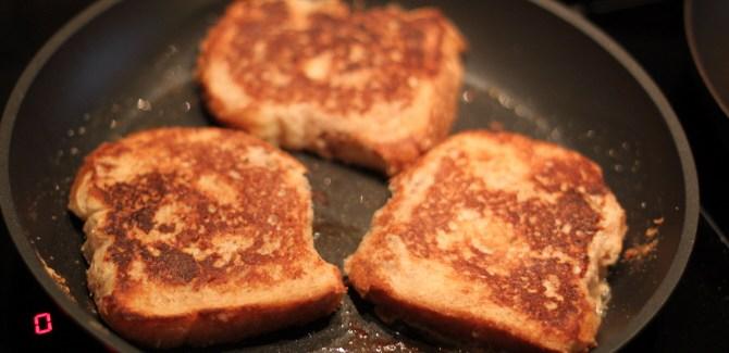 Arme Riddere – opskrift på den glemte morgenmad