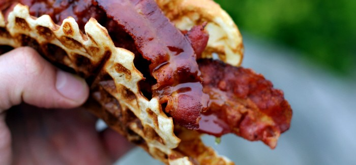 Bacon 'n' Waffles – Breakfast for Champions