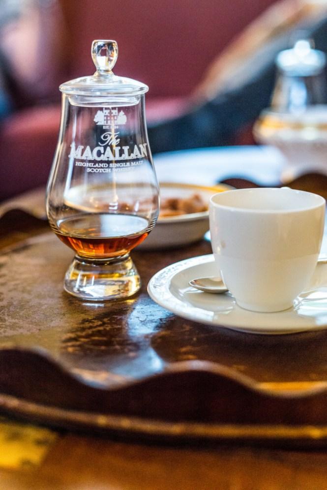 Og nej du fik aldrig kaffe uden en dram... ALDRIG! Foto: Mikkel Bækgaard