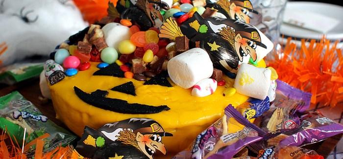 Halloween Special: Græskarkage med 1 kilo slik!
