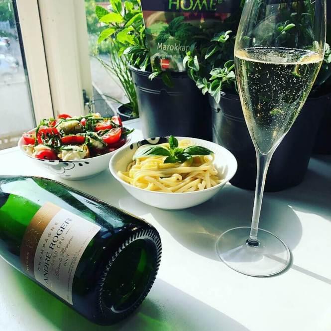 champagne og mad