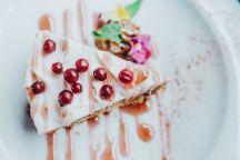 Tarta de queso con frutos rojos - Gastronomía y Moda