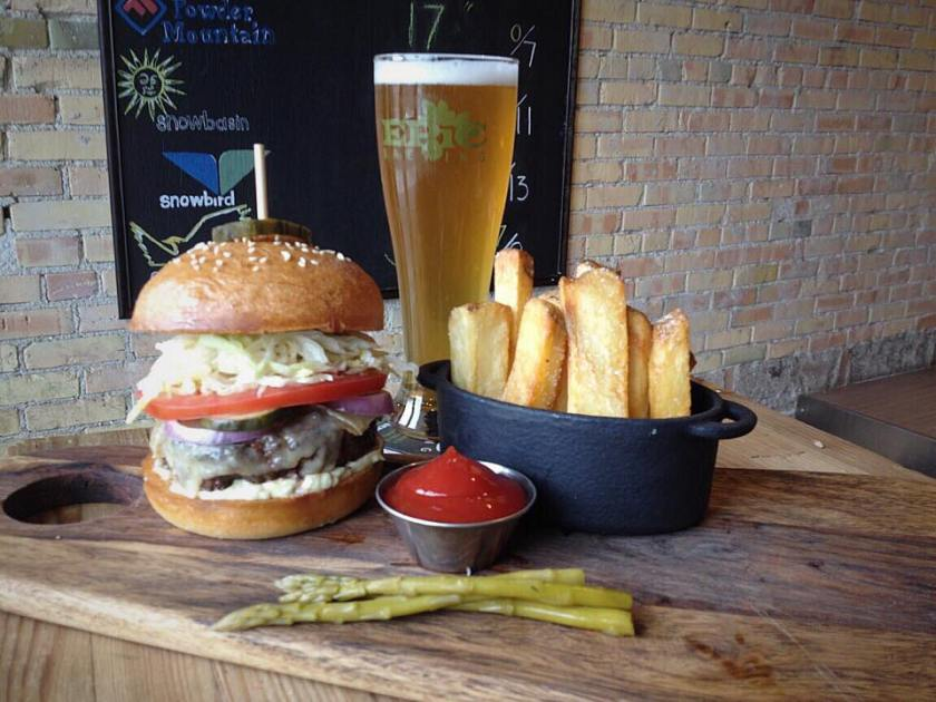 Burger monday at annex by epic brewing