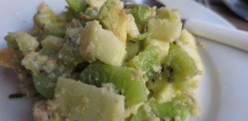 Salade de kiwi au crabe