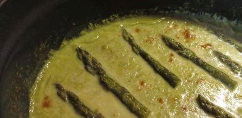 Velouté d'asperges vertes light