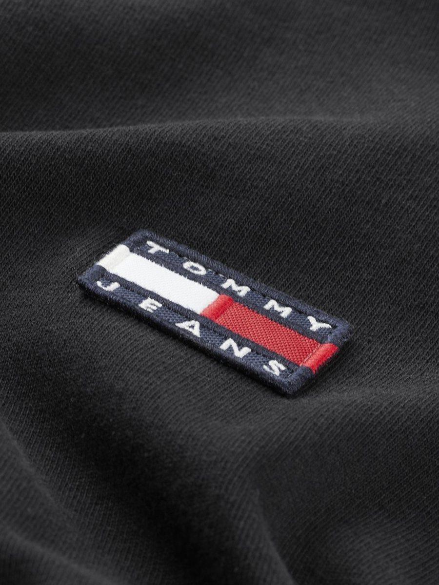 TOMMY HILFIGER - T-shirt badge Black | GATE 36 Hobro