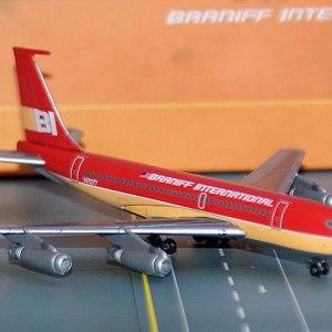Jet-X Braniff International Boeing 720, (RED) 1:400 Scale Model