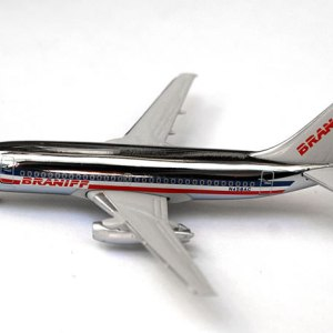 Jet-X Braniff American Airlines 737-200 1:400 Scale Model