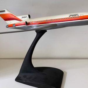 PSA Pacmin Boeing 727-100 Vintage 1:100 Scale Model