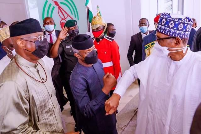 PHOTOS: Buhari Presents 2022 Budget To NASS