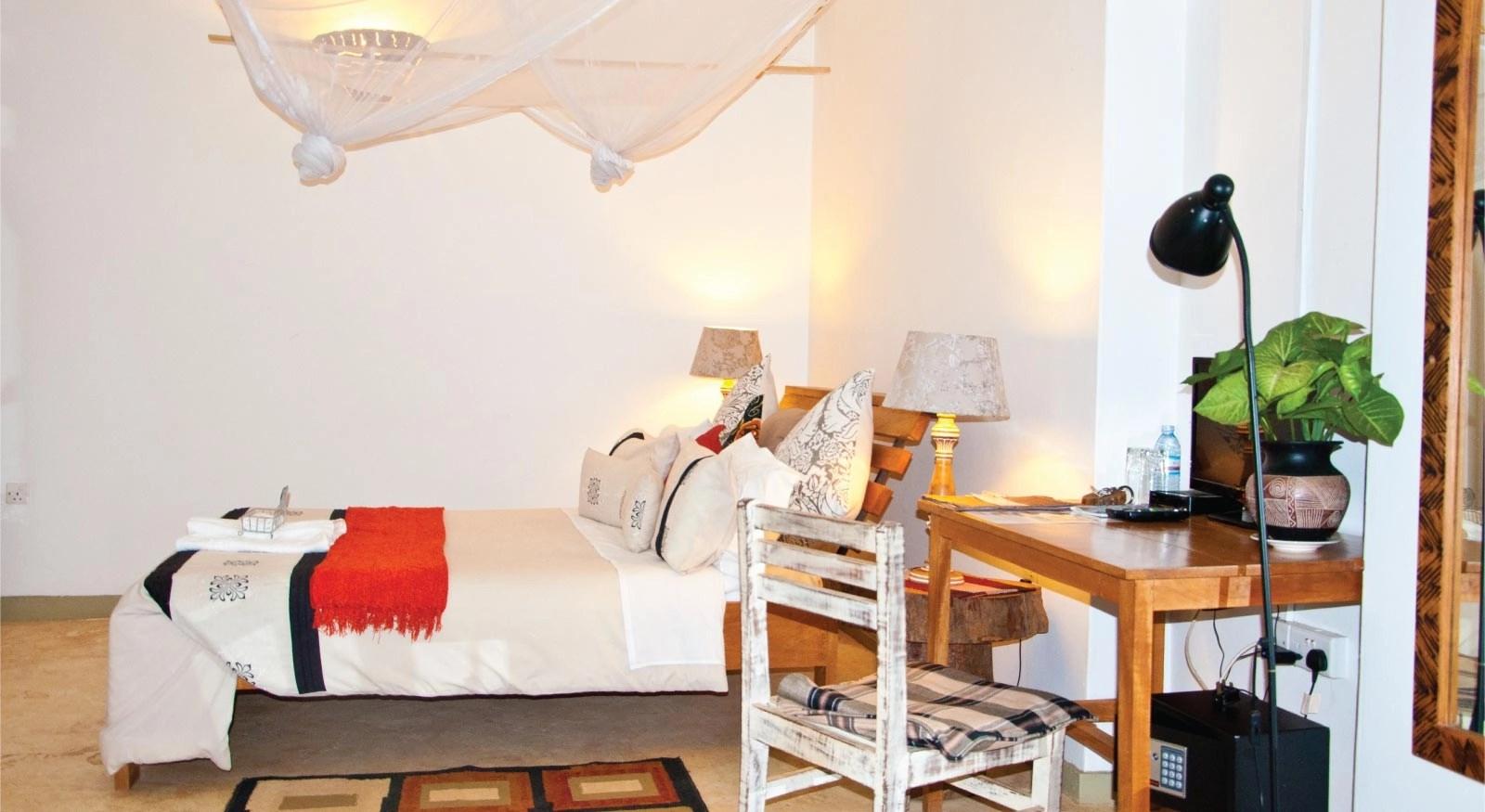 Gately Inn Entebbe Accommodation Lodge -