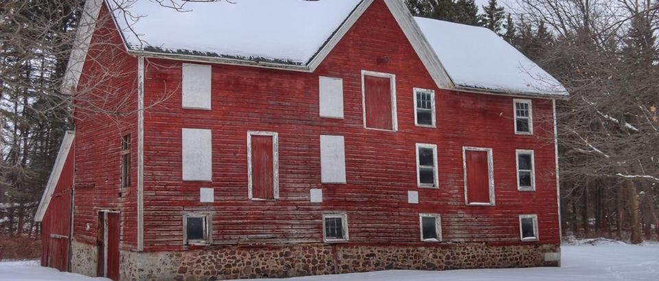Winter Wonderland at the Hinchey House & Barn