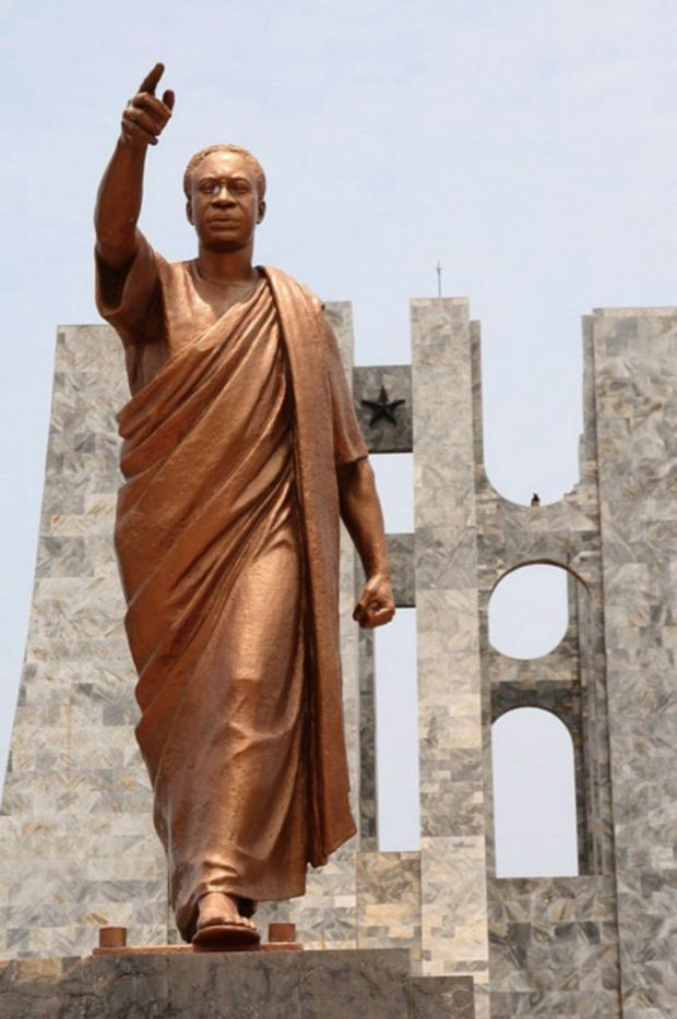 Kwame-Nkrumah-Mausoleum-Accra-GhanaBronze-statue-of-Kwame-Nkrumah-Ghana's-first-president-at-his-mausoleum-where-he-rests1