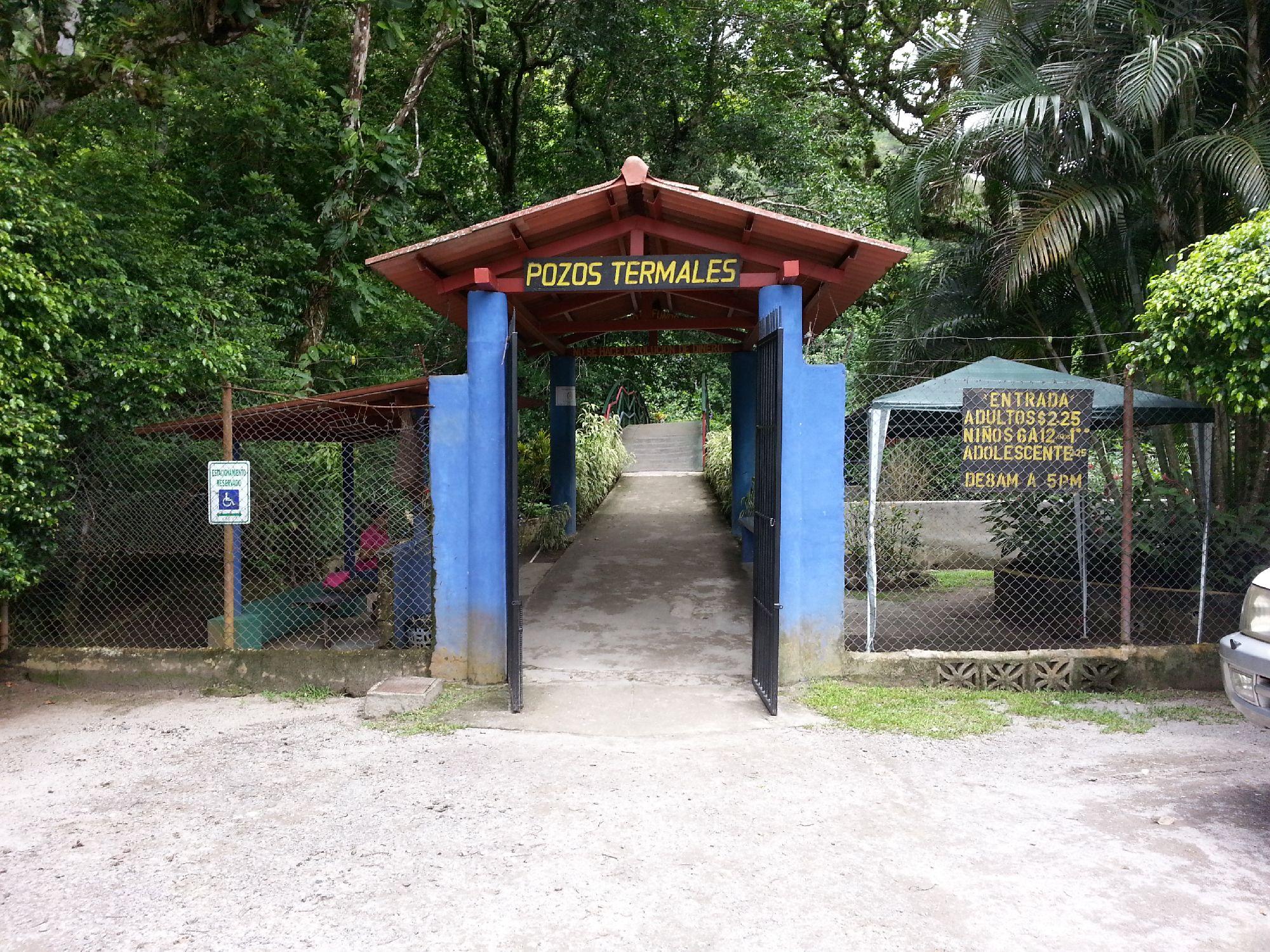 Panama: El Valle de Antón zip-lining Adventure
