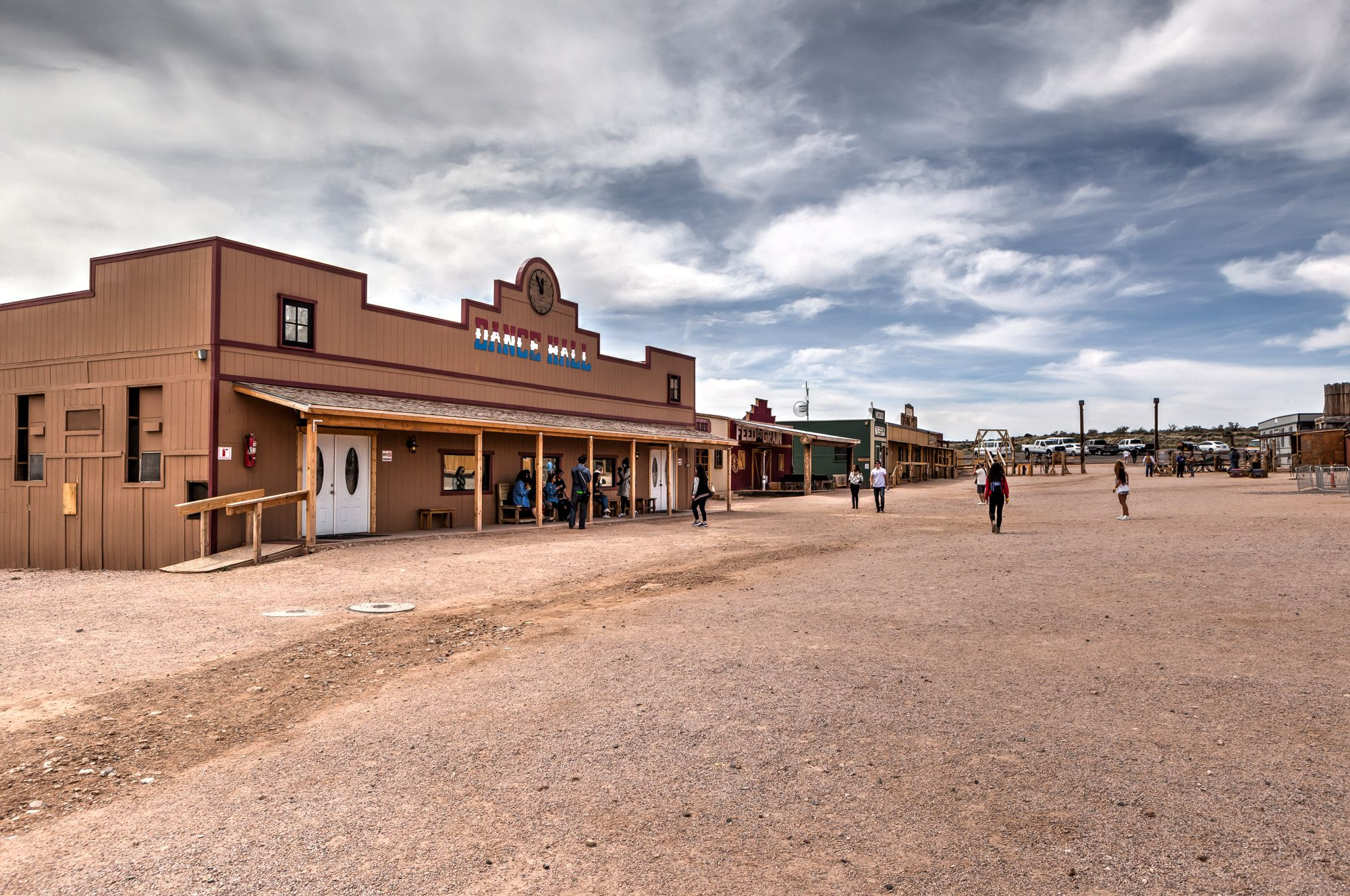 Grand canyon west and the famous skywalk gate to adventures for Grand ranch