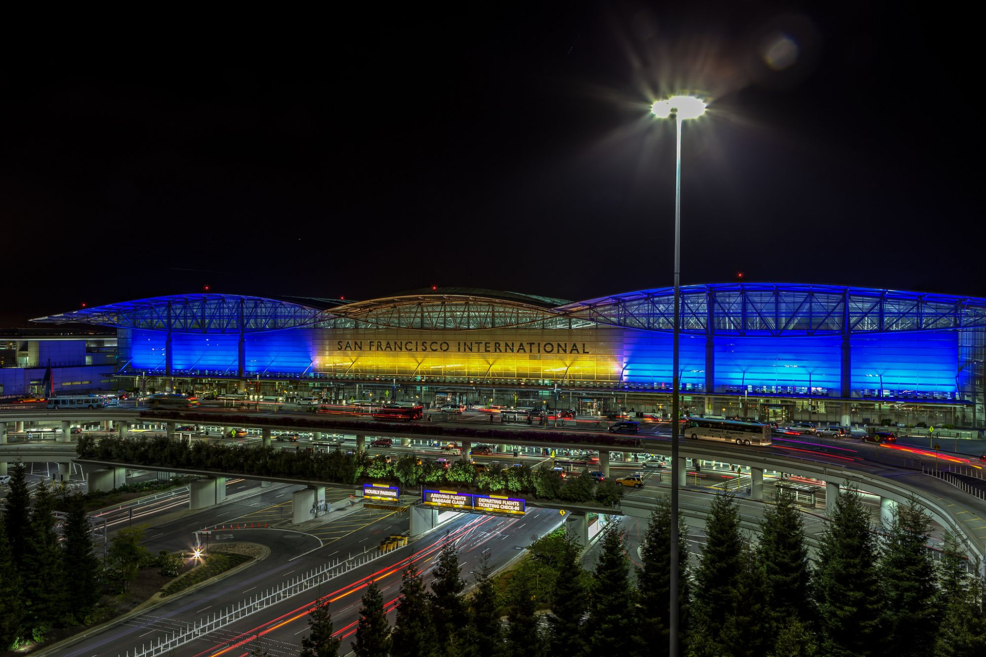 Photo of the Week: San Francisco International Airport – International Terminal / Main Hall