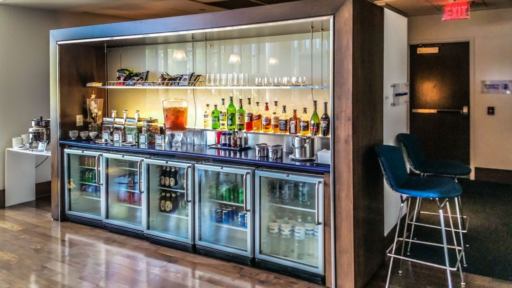 Bar at the Club Side