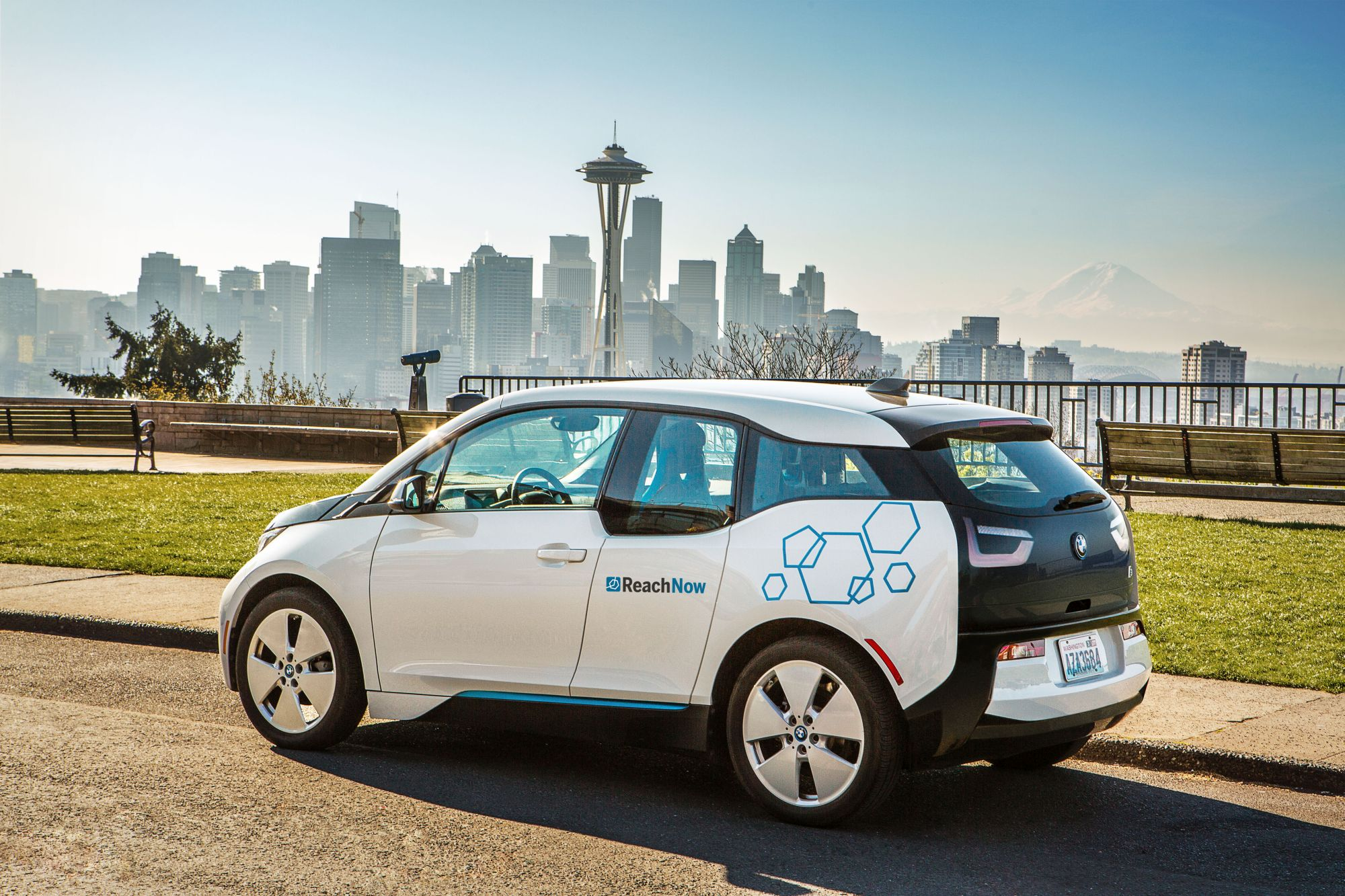 """BMW Launches New Car Sharing Service """"ReachNow"""" in Seattle"""