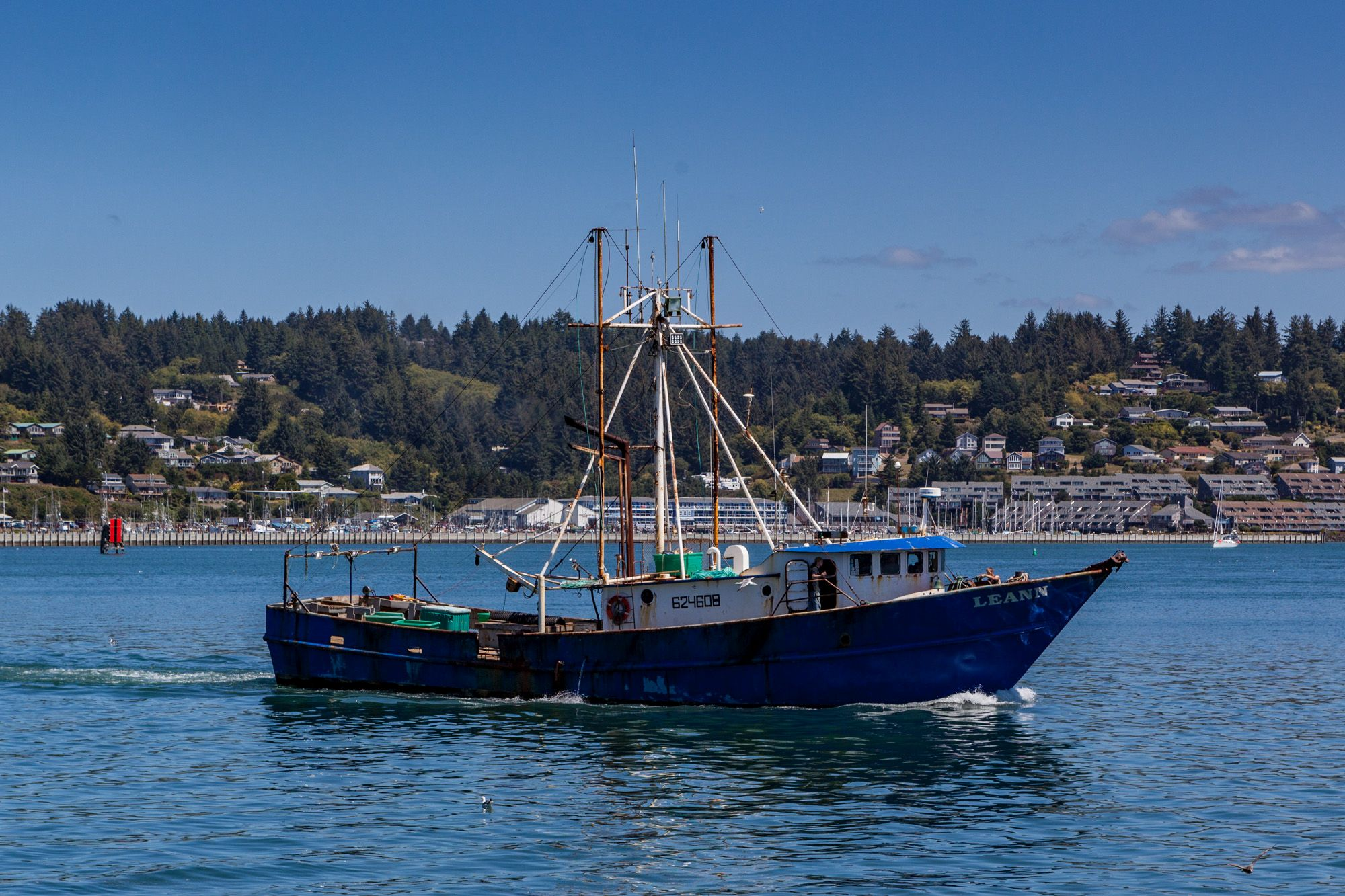 A weekend getaway to newport oregon gate to adventures for Free fishing weekend oregon