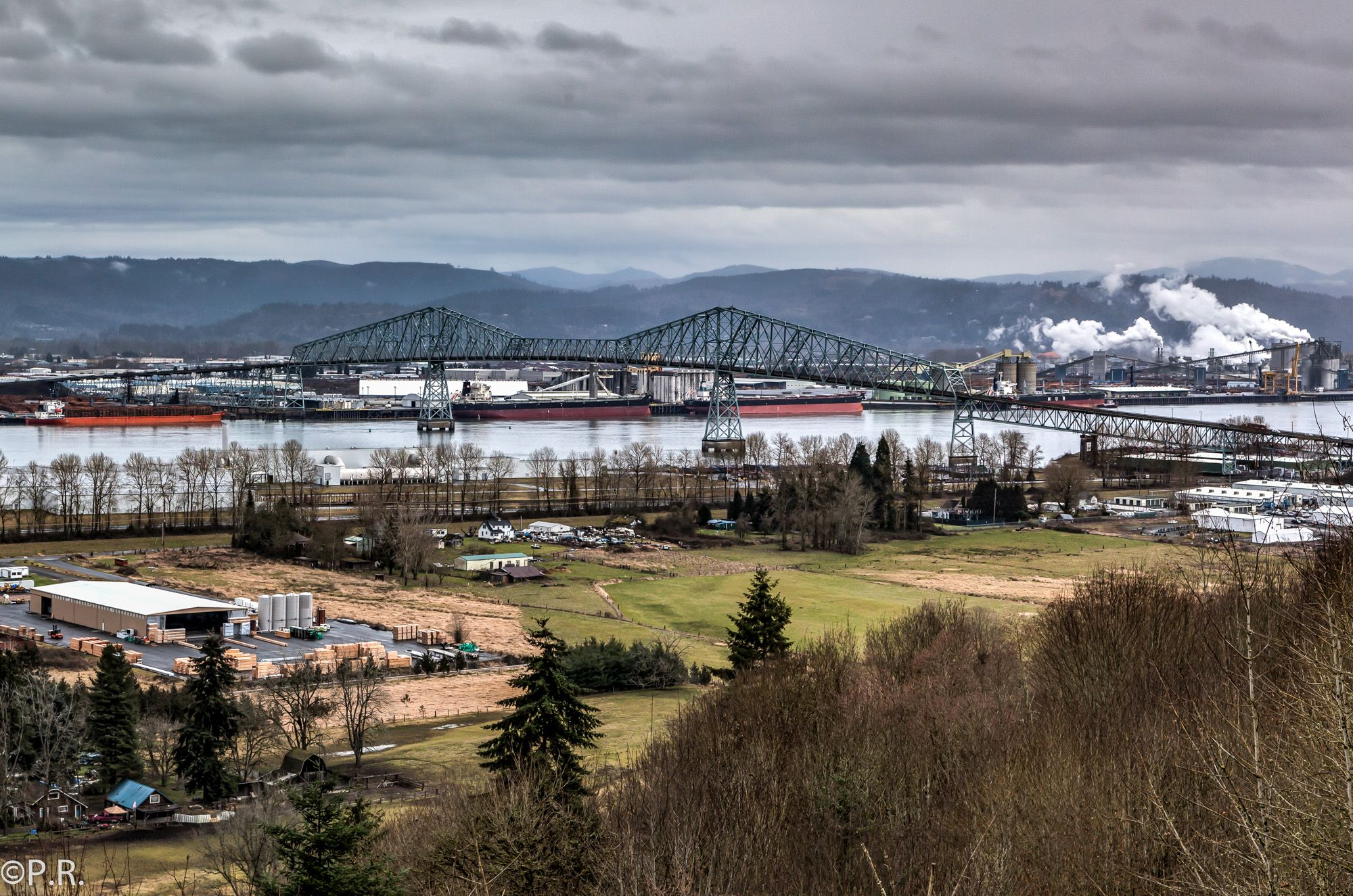 Photo of the Week: Lewis and Clark Bridge