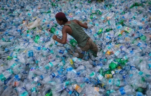 plastic-bottles-recycling