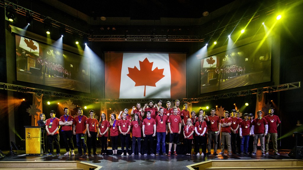 WorldSkills Team Canada 2017 Prospects are announced at the Closing Ceremony of the 2016 Skills Canada National Competition. (CNW Group/Skills/Compétences Canada)
