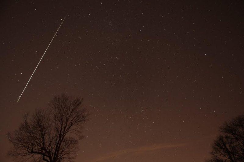 Geminid meteor 2012 via Henry Shaw/SummersMagic Photography