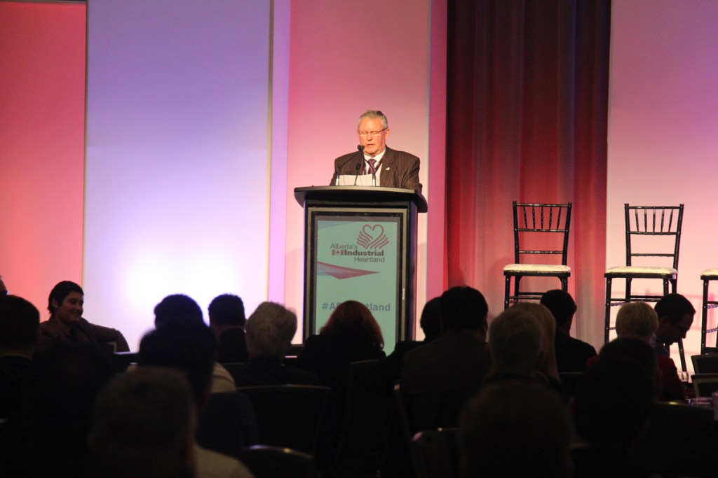 AIHA Luncheon addressed by Chair Ed Gibbons
