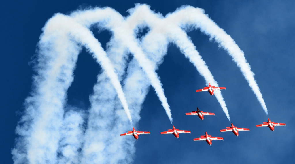 Canadian Forces Snowbirds Return to Operations